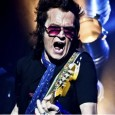 ALL NIGHT LONG AGENCY presenta GLENN HUGHES (DEEP PURPLE , BLACK SABBATH, TRAPEZE, BLACK COUNTRY COMUNION)   DOMINGO 26 DE MAYO 2013 SALA CAPITOL SANTIAGO D.C. PUERTAS: 19:30 H 25 […]