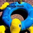 Madrindie Producciones presenta en acústico a Gole Yaika, Broken Lingerie y Rachelle Musik. • Fecha: 30 de Agosto 2013. • Lugar: Siroco Lounge (C/San Dimas,3, Madrid) • Inicio: 21:30h. […]