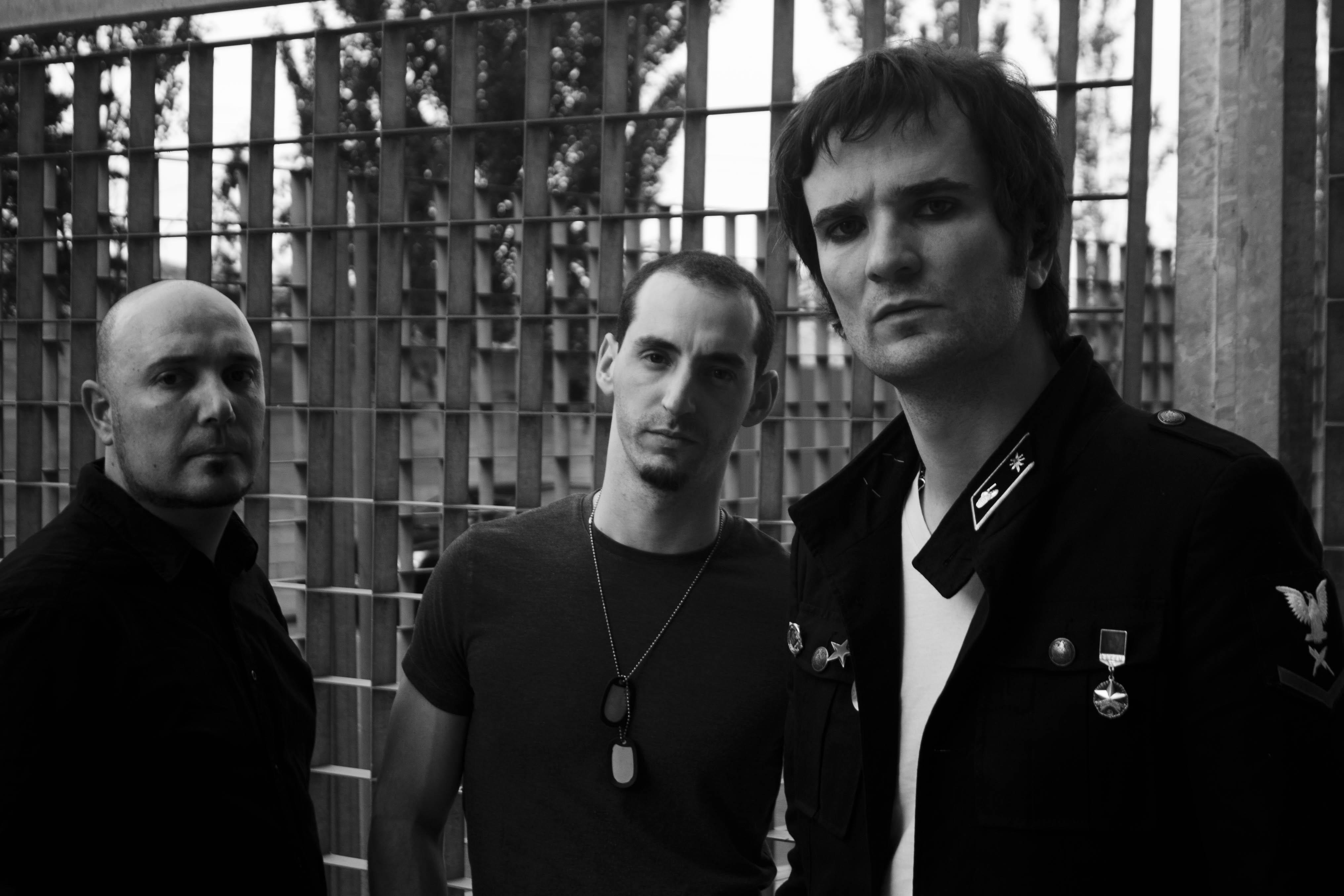 Fiesta concierto aniversario de The Diesel Dogs(y presentación del nuevo disco «Everything», Ghost Highway Recordings 2015), donde estarán acompañados por Yakuzas esteSábado 11 de Abril en la sala El Sol […]