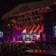 Los Hombres G reinan en Ciudad de la Raqueta en la apertura del VII Festival de Música Solidario La mítica banda madrileña abrió anoche el VII Festival de Música Solidario […]
