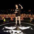 Foto: @juanlafita Walls conquista Barcelona en la segundasemifinal de Red BullBatalla de los Gallos El MC murciano se ha impuesto en la regional de la Ciudad Condal ante 5000 personas […]