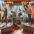 THE RAD TRADS El joven quinteto neoyorquino regresa tras la buena acogida de su primera visita con un nuevo disco, 'On Tap', donde continúan con su cancionero artesanal de blues, […]